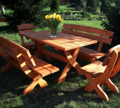 48. TYP M 2 krzesła + 2 ławy + stół prostokątny